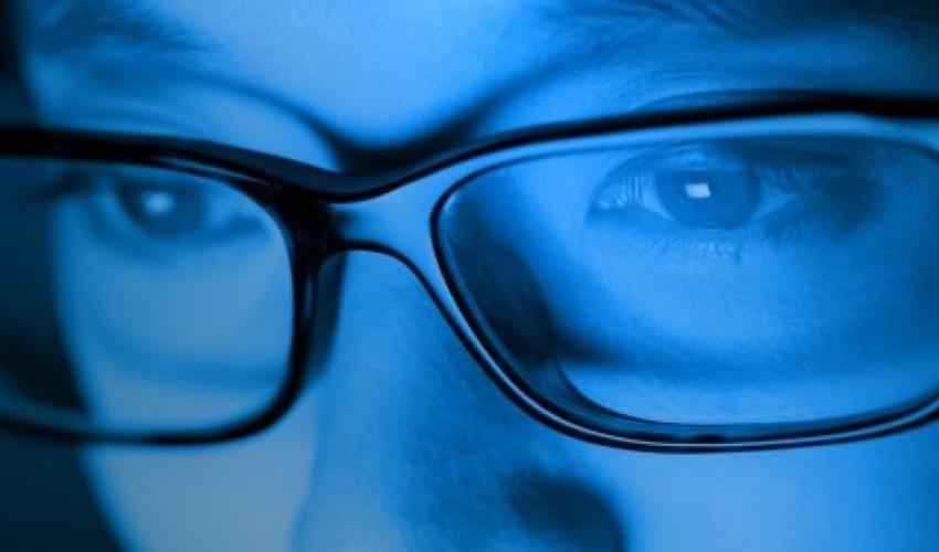 Protégez vos yeux des lumières Bleues